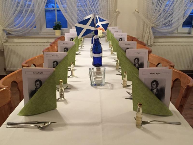 Die Tische für unsere Gäste sind gerichtet