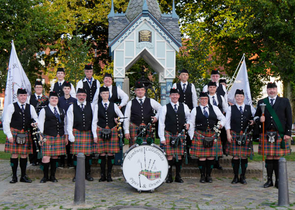 _1010729_hcpd_hamburg_caledonian_pipes_and_drums_2016